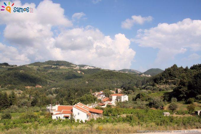 Agii theodori and platanos  village