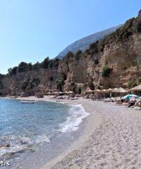 παραλία Άσπρες