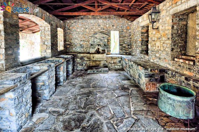 Τουριστικό χωριό, ένα πραγματικό υπαίθριο μουσείο της Σαμιακής αρχιτεκτονικής