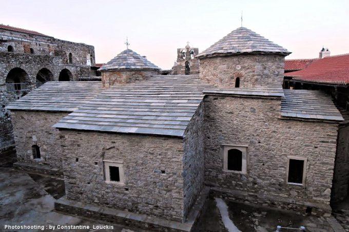 Μοναστήρι Παναγία βροντά ή Βροντιανή ή Κοκκαριανή
